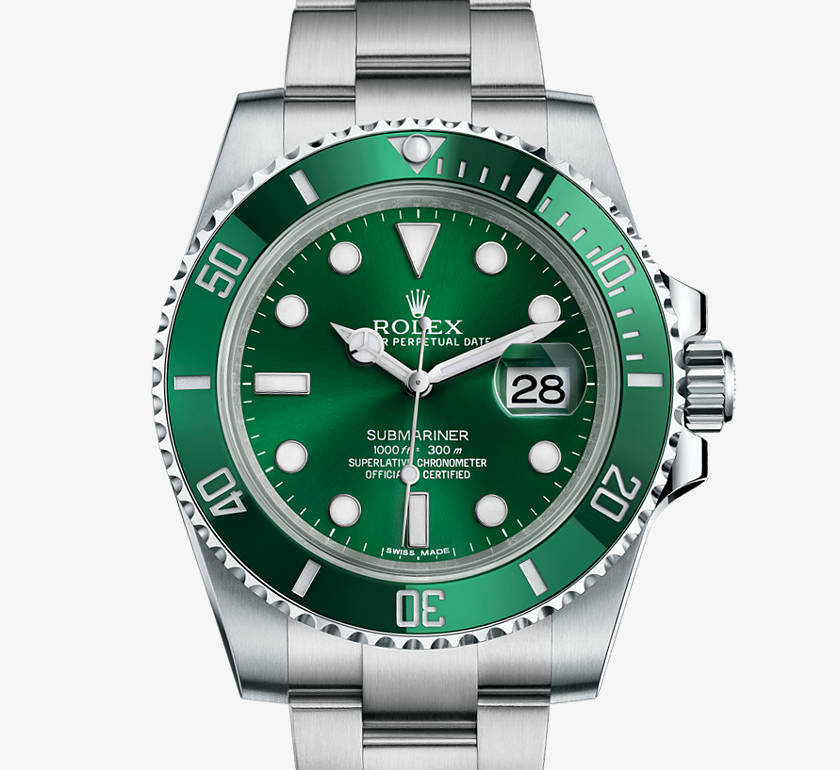 Rolex Oyster Perpetual Submariner in Green, 40mm, Steel with date function.