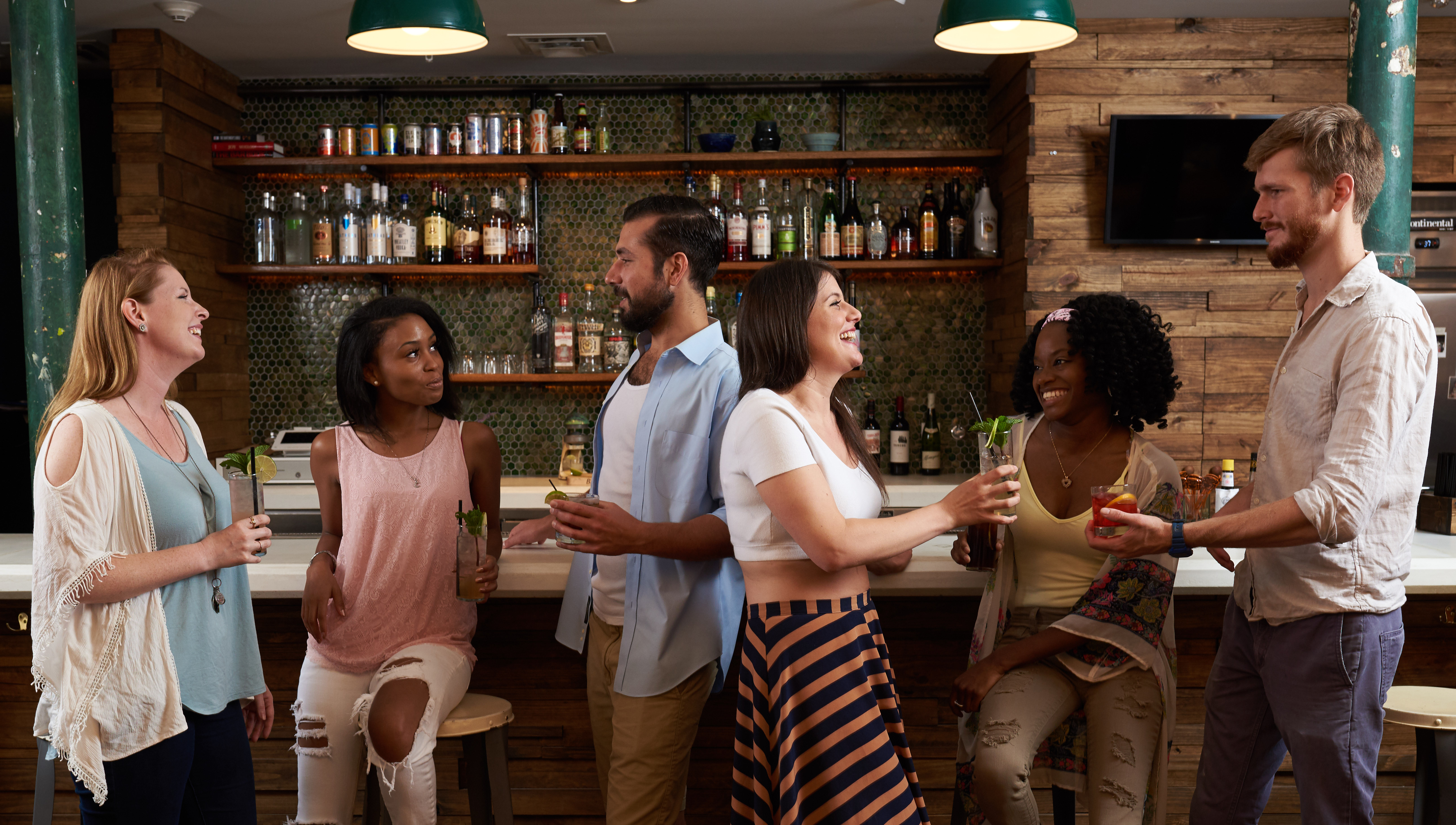 The Quisby's lobby bar is a fun place to chat, meet new people and enjoy a drink from the fully-stocked bar