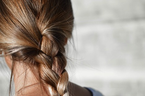 4 Popular Boho Hairstyles and Tools to Use to Make Them 4