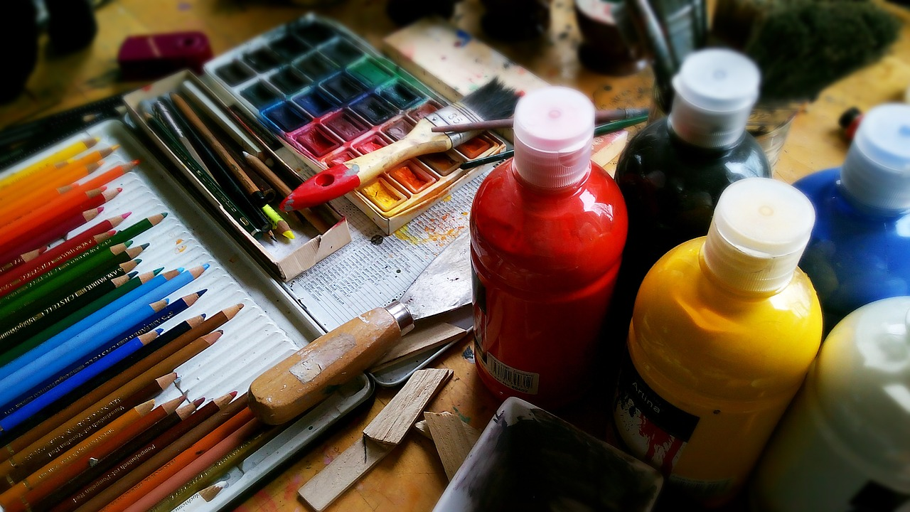 Understanding the Deeper Psychological Meaning of Therapy That Comes in the Form Of Art