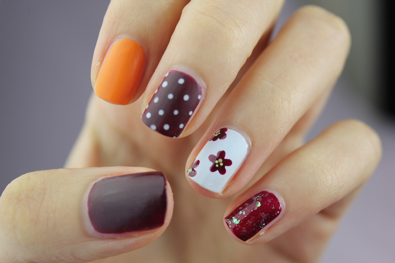 6 Times You Should Definitely Wear Nail Art