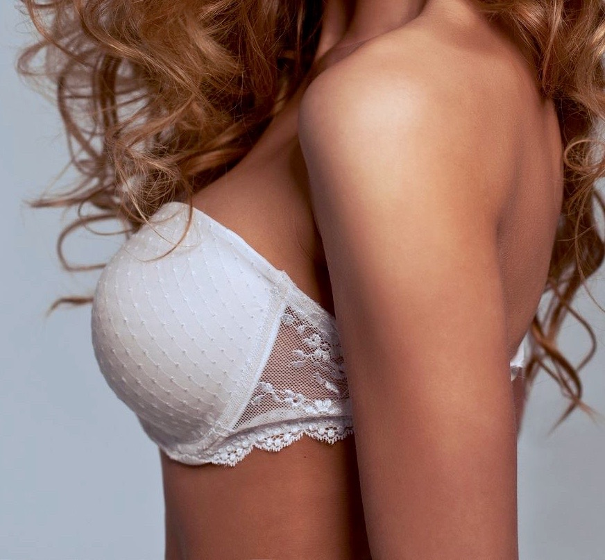 What's the Best Age for Breast Augmentation?